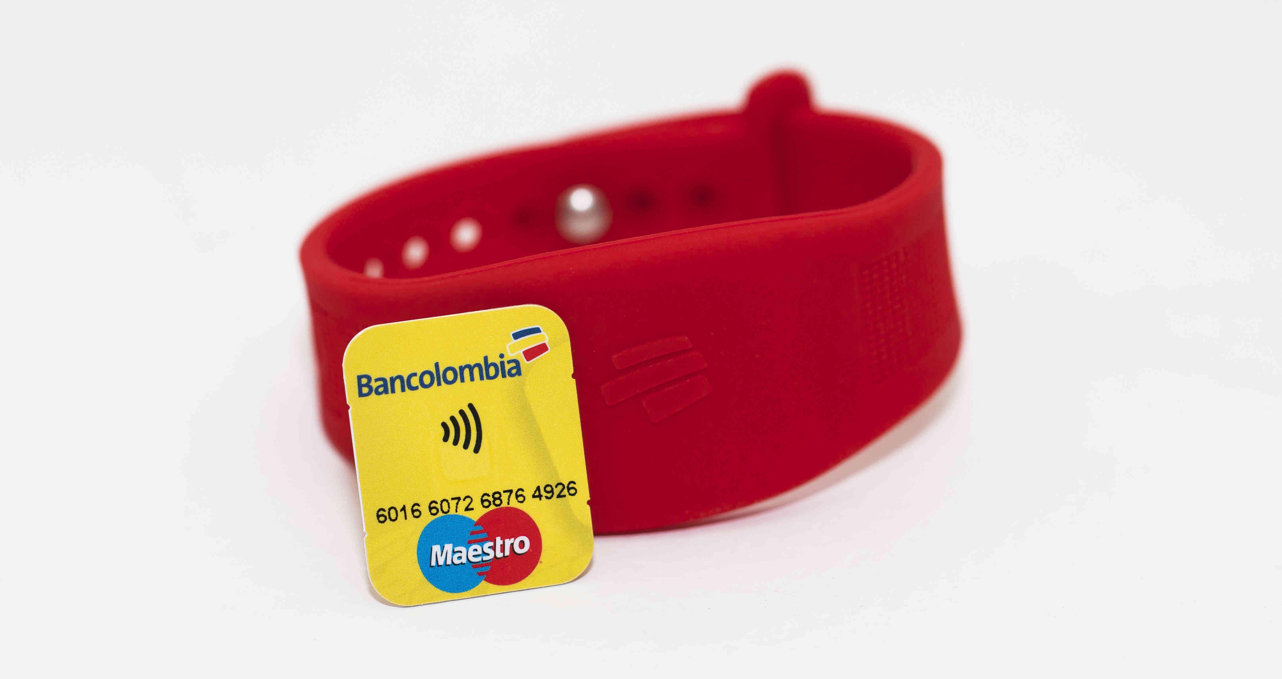 Bancolombia lanza su manilla de pagos sin contacto con tecnología NFC