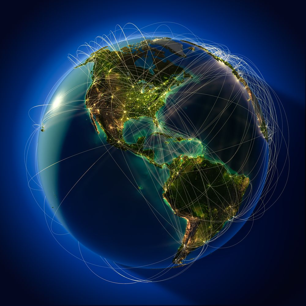 Telefónica y Facebook planean conectar a 100 millones de usuarios en Latinoamérica