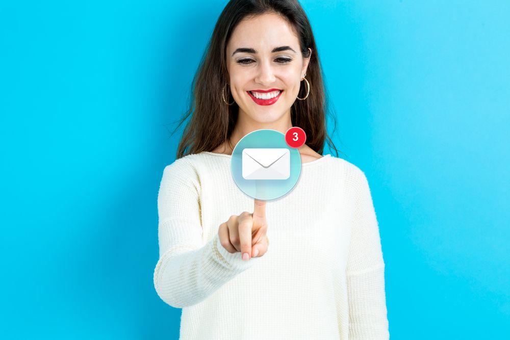 Los millennials prefieren el email como canal para recibir información corporativa