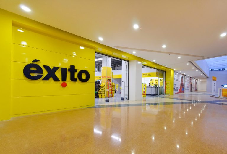 Éxito Wow: un almacén colombiano que combina el online y offline