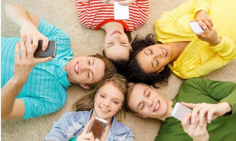 Nativos digitales: 8 de cada 10 adolescentes en Bogotá se consideran a sí mismos expertos en tecnología