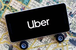 Uber se une a los taxis