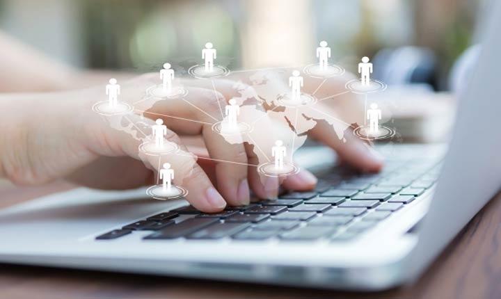 redes sociales de centros comerciales