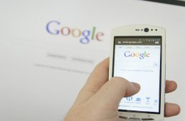 Google dice adiós a las insignias distintivas de AMP